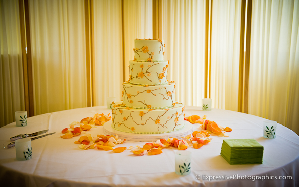 seascape golf club wedding cake