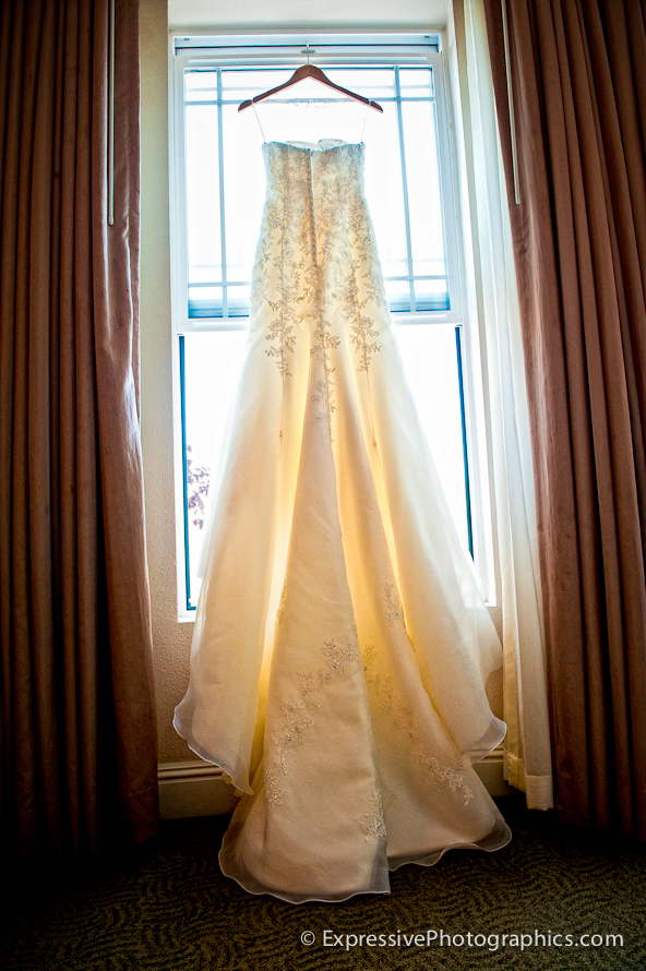 brides dress, Hilton Scotts Valley