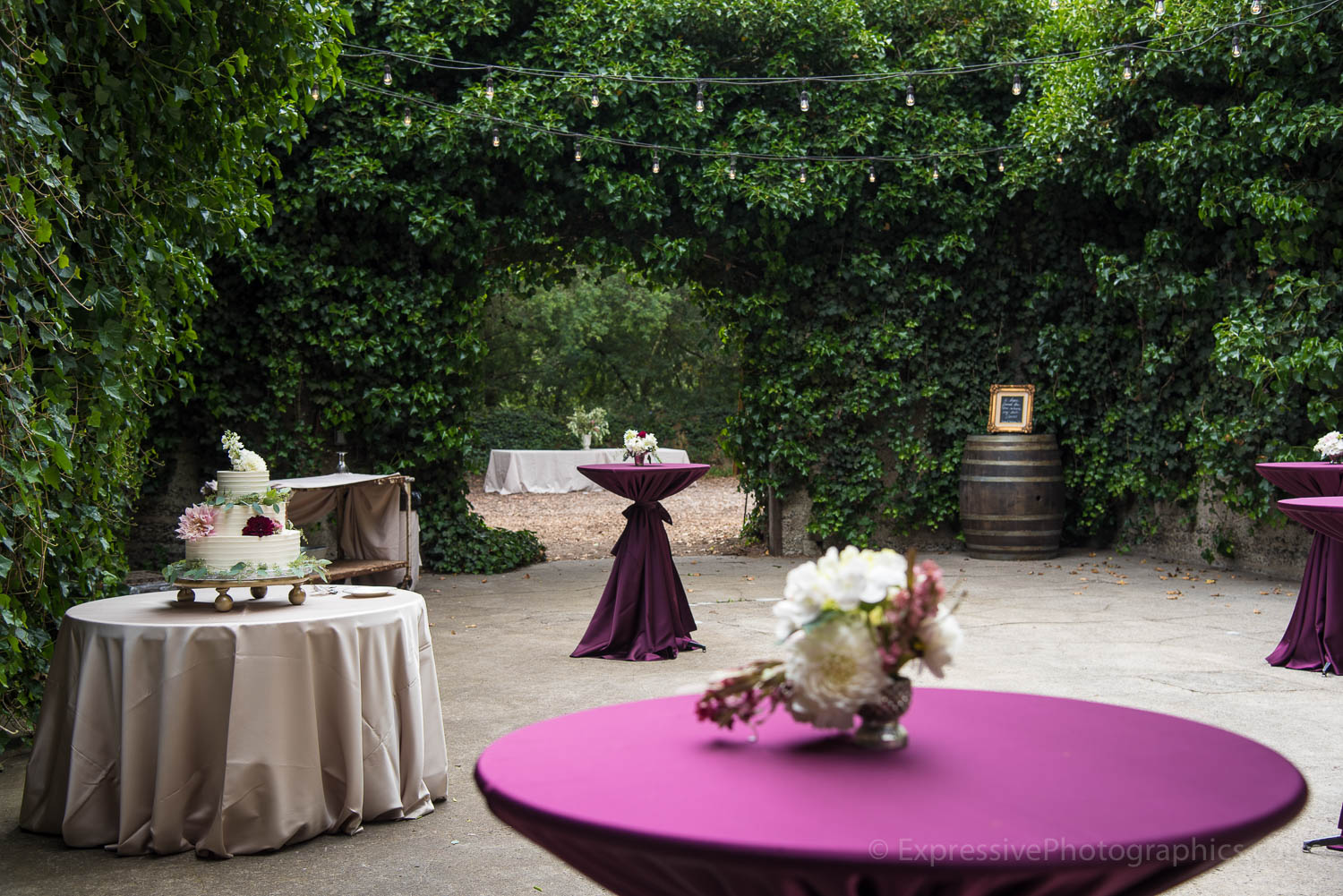 035-sand-rock-farm-wedding-decor-035