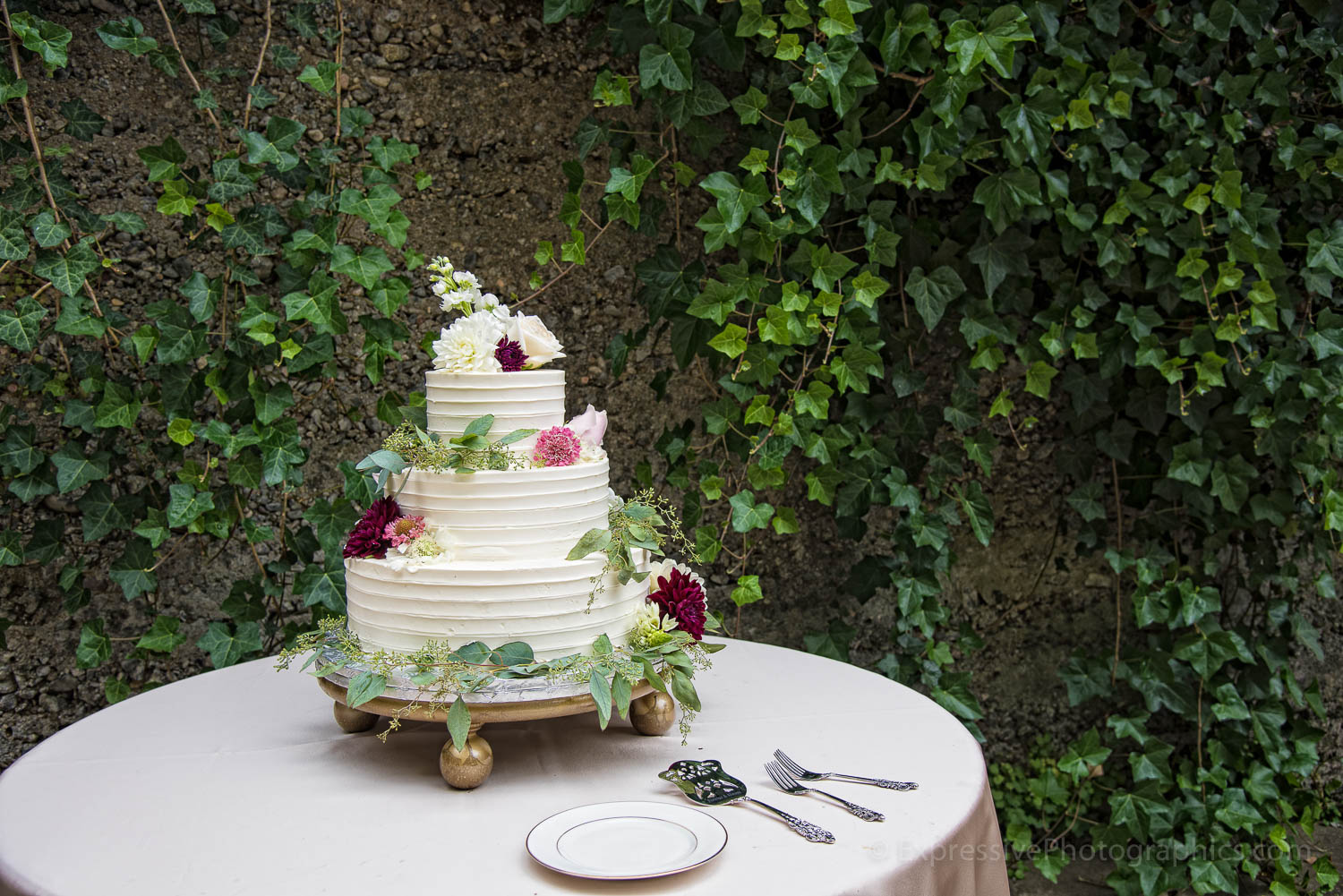 036-sand-rock-farm-wedding-details-036